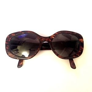 GENUINE ANNE KLEIN SUNGLASSES MADE IN ITALY